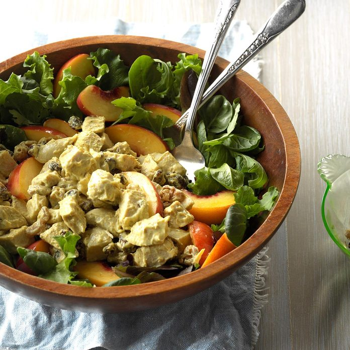 Curried Chicken Peach Salad Exps Cwjj17 48998 C02 23 1b 2