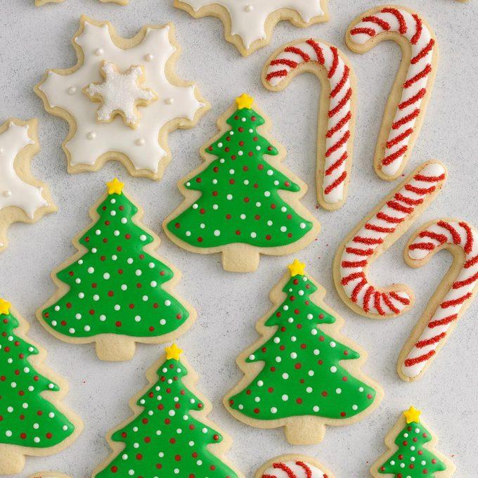 Decorated Christmas Cutout Cookies Exps Hcbz19 39460 B05 19 6b 3