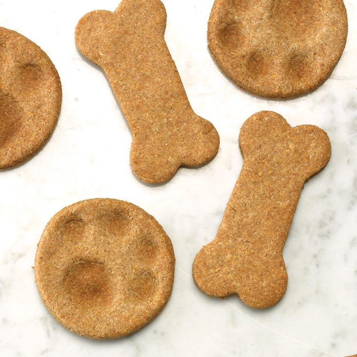 Dog Biscuits Exps Thn17 45301 C06 12 1b 3