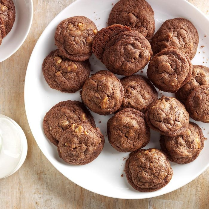 Double Chocolate Chip Cookies Exps Cbz16 959 C05 11 2b