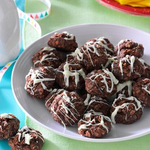 No-Bake Fudgy Coconut Cookies