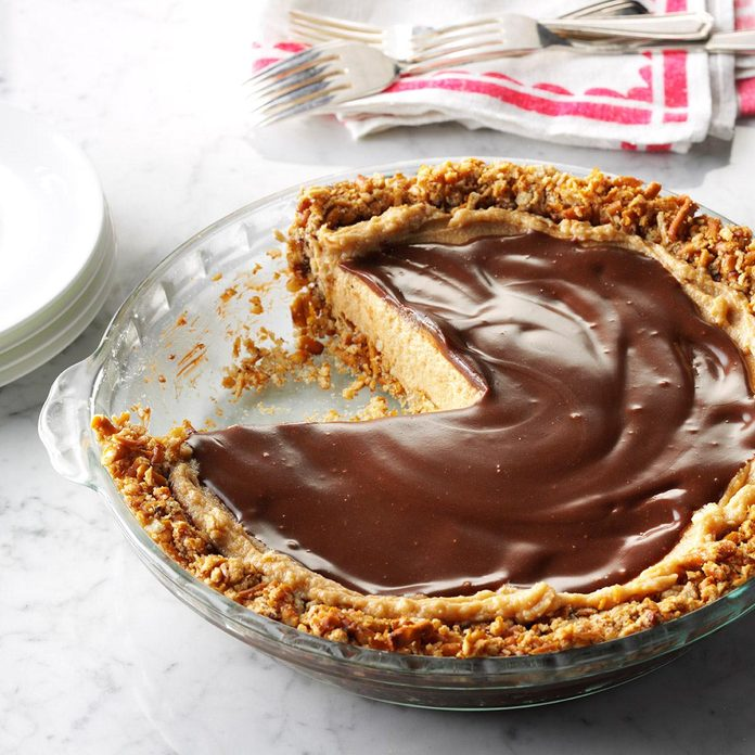 Easy Peanut Butter Pie Exps Thcom16 199553 D06 10 6b 4