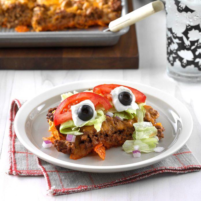 Eyeball Taco Salad Exps Sdon17 30046 C07 06 4b 2
