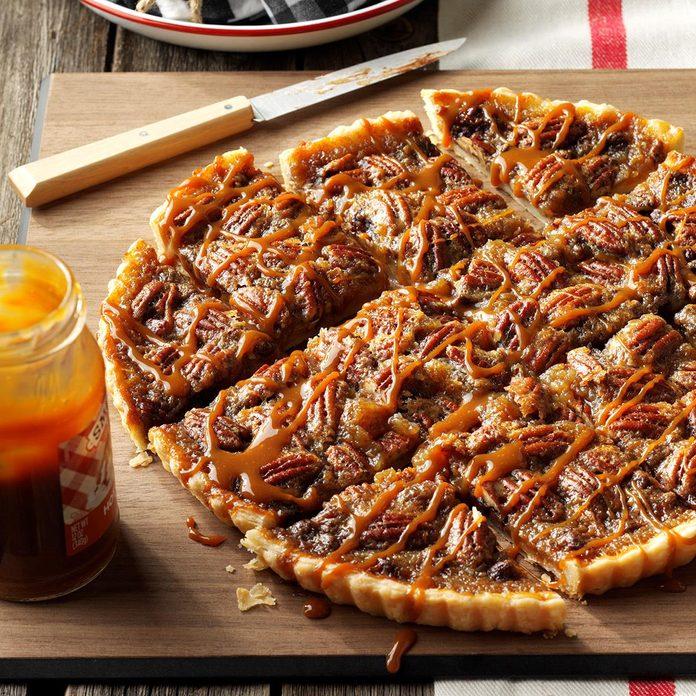 Favorite Chocolate Bourbon Pecan Tart Exps Hca17 136300 C10 19 6b 3