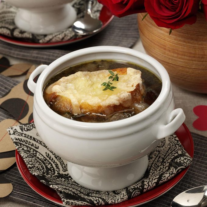 Favorite French Onion Soup Exps62748 Hca2379809a01 27 2b Rms