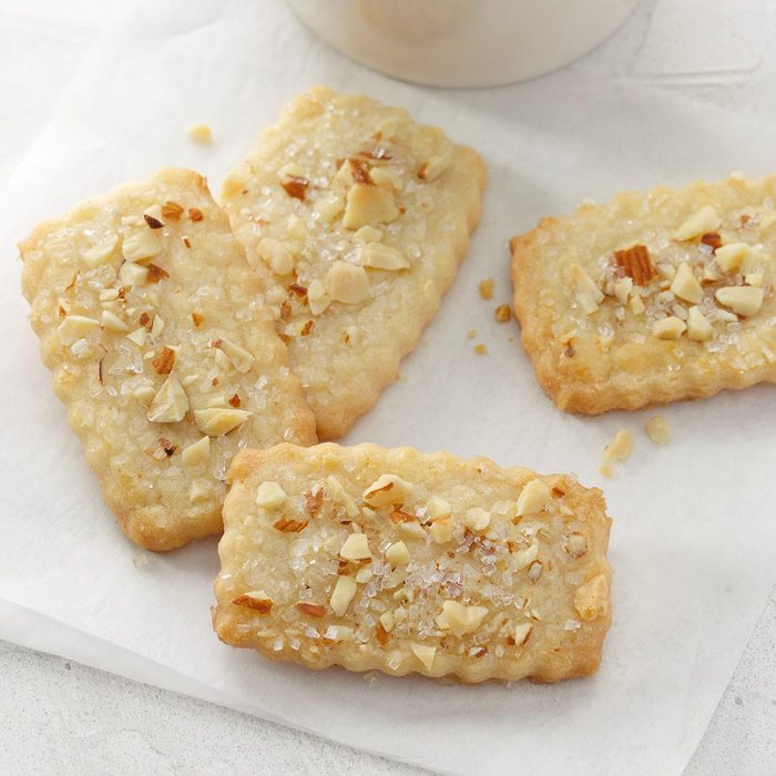 Finnish Christmas Cookies Exps Hbmz18 7697 B07 10 2b