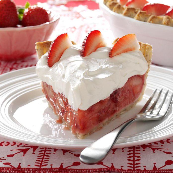 Fresh Strawberries & Amaretto Cream Pie