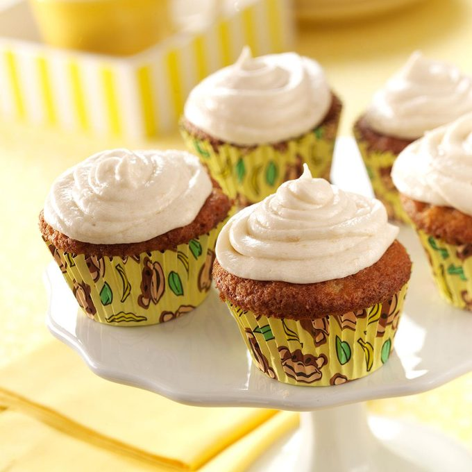 Frosted Banana Cupcakes Exps44400 Rds2321892c04 26 6bc Rms 1