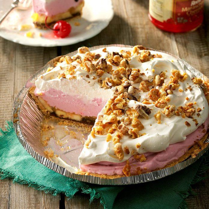 Frozen Banana Split Pie Exps Bdsmz17 40581 D03 03 4b 4