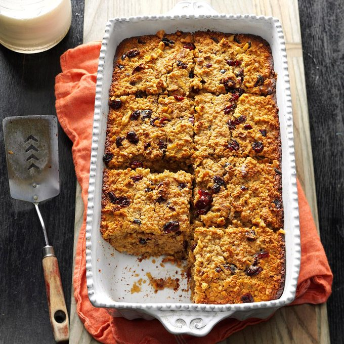 Fruit Nut Baked Oatmeal Exps Bbbz16 133111 05b 26 5b