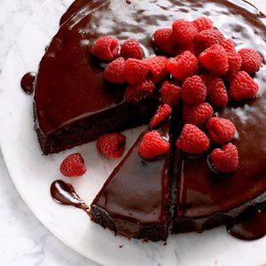 Ganache Topped Chocolate Cake Exps Dsbz17 39438 B01 20 3b 8
