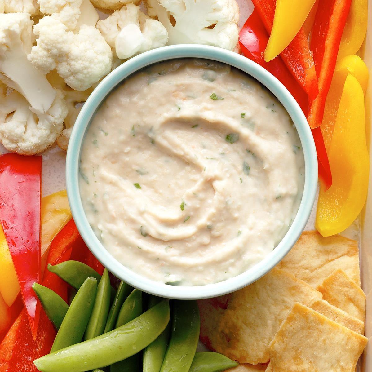 Delaware: Garlic Bean Dip