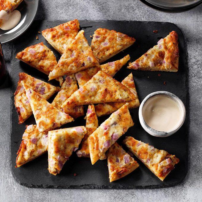 Garlic Pizza Wedges Exps Tohon19 26503 E06 18 7b 7