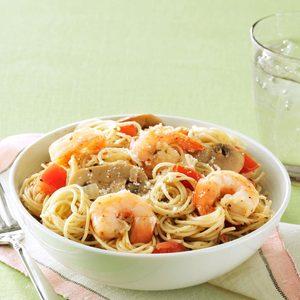 Garlic Shrimp & Mushroom Pasta