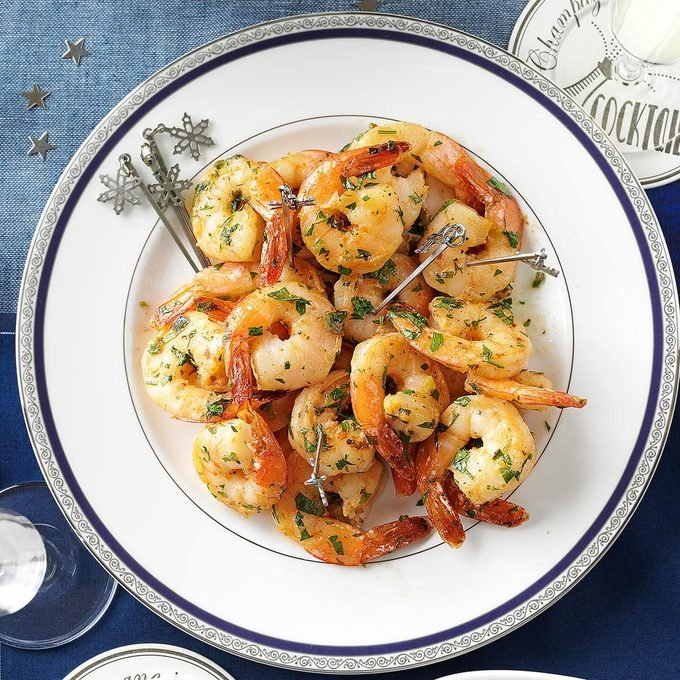 Garlicky Herbed Shrimp Exps72276 Th2379806a09 07 3bc Rms
