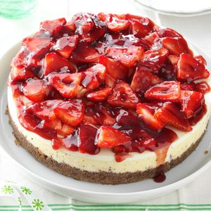 Glazed Strawberry Cheesecake