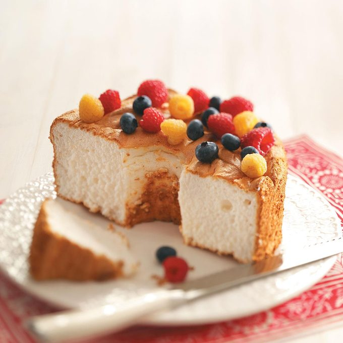 Gluten Free Angel Food Cake Exps48424 Thhc1757658d2 Rms 10
