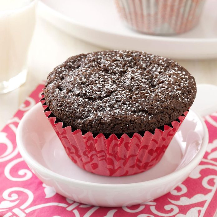 Gluten Free Chocolate Cupcakes Exps92191 Thhc2238742a09 23 3b Rms 3