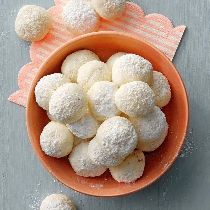 Gluten Free Snowballs Exps Hcbz21 150706 E07 01 4b Stackedimage 2