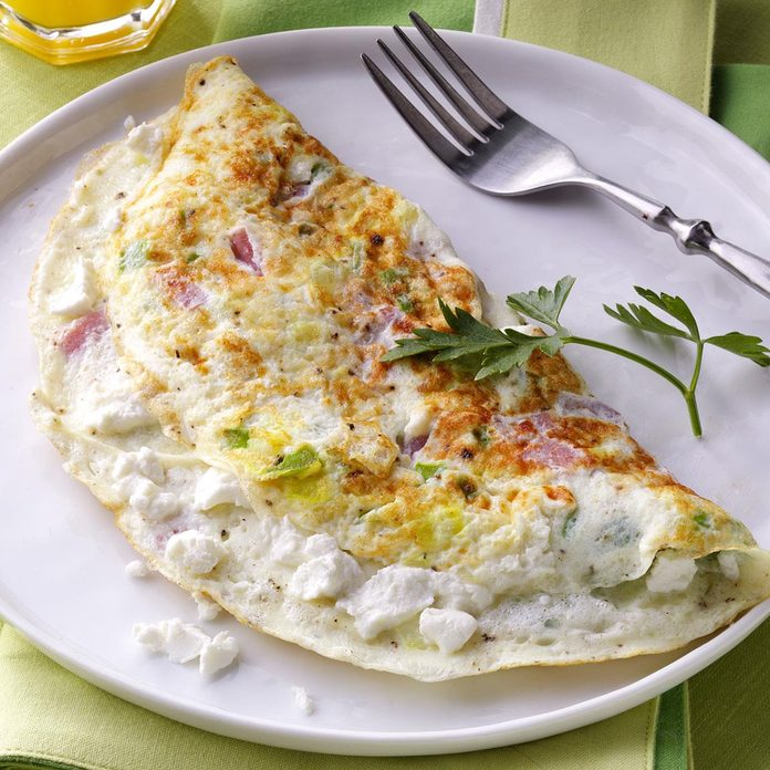Goat Cheese Ham Omelet Exps165815 Thhcfmb11 16 2bc Rms 1