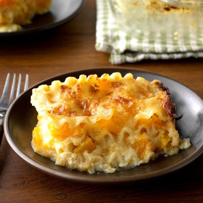 Golden Butternut Squash Lasagna Exps Thfm18 147093 C09 14 6b
