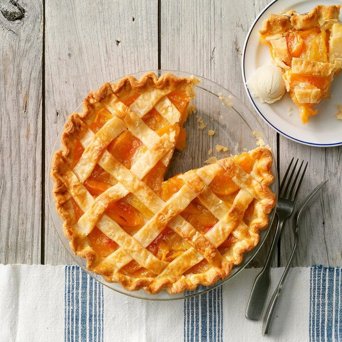 Golden Peach Pie