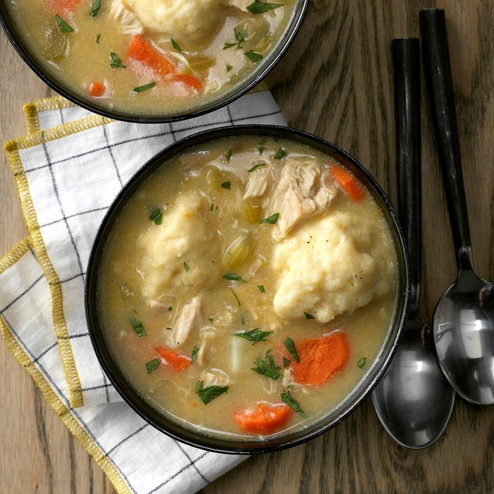 Grandma S Chicken N Dumpling Soup Exps Chbz19 5165 C10 24 4b 19