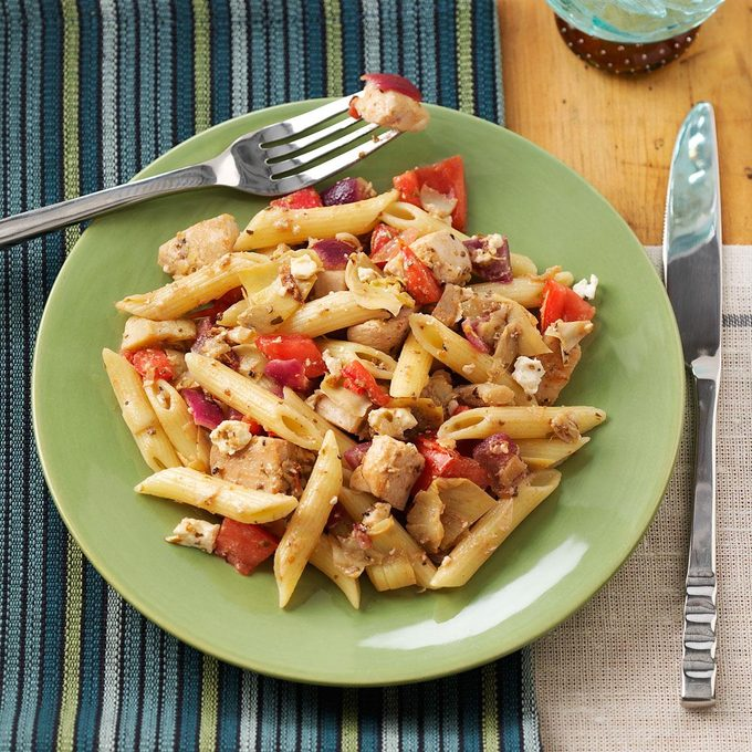 Greek Chicken Penne Exps50461 Sd19999445d08 24 4bc Rms 2