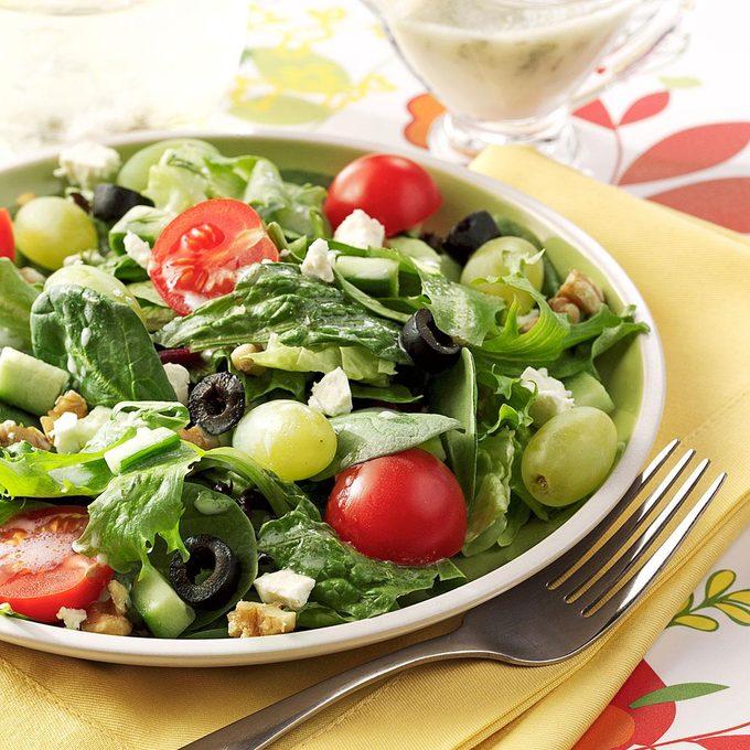 Greek Salad With Green Grapes Exps119248 Baftb2307047b03 02 9b Rms