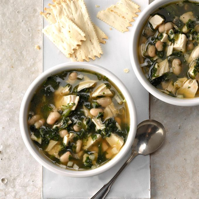 Greens And Beans Turkey Soup Exps Tcbbz18 36465 C05 04 3b