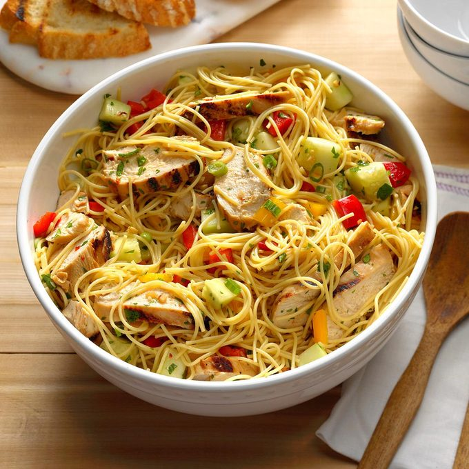 Grilled Asian Chicken Pasta Salad Exps Tham17 143282 B11 09 1b