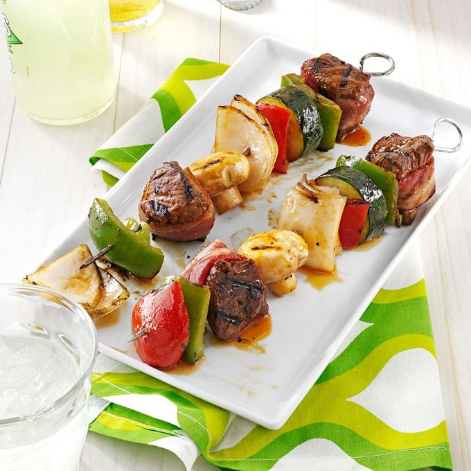 Grilled Beef Kabobs Exps2446 Bos2469759a01 10 2bc Rms