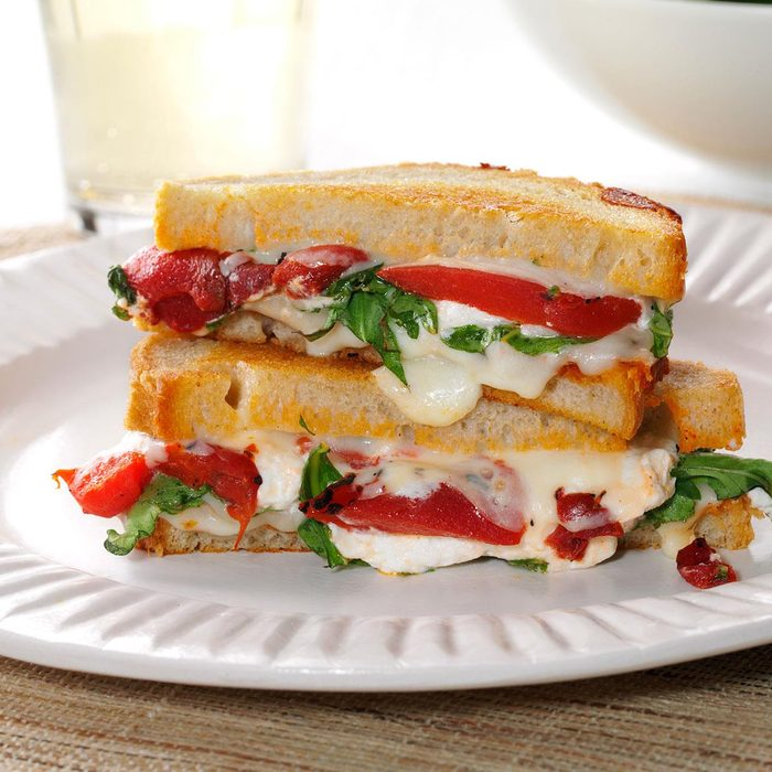 Grilled Goat Cheese Arugula Sandwiches Exps138752 Sd132778b04 16 3bc Rms 4