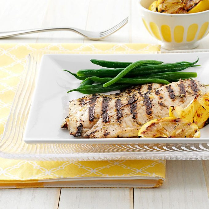 Grilled Greek Fish Exps151387 Thhc2377564a03 02 1b Rms 4