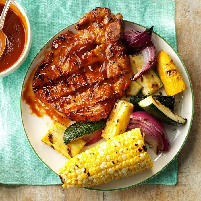 Grilled Pork Chops With Smokin Sauce Exps Hck17 168330 C08 24 6b 5