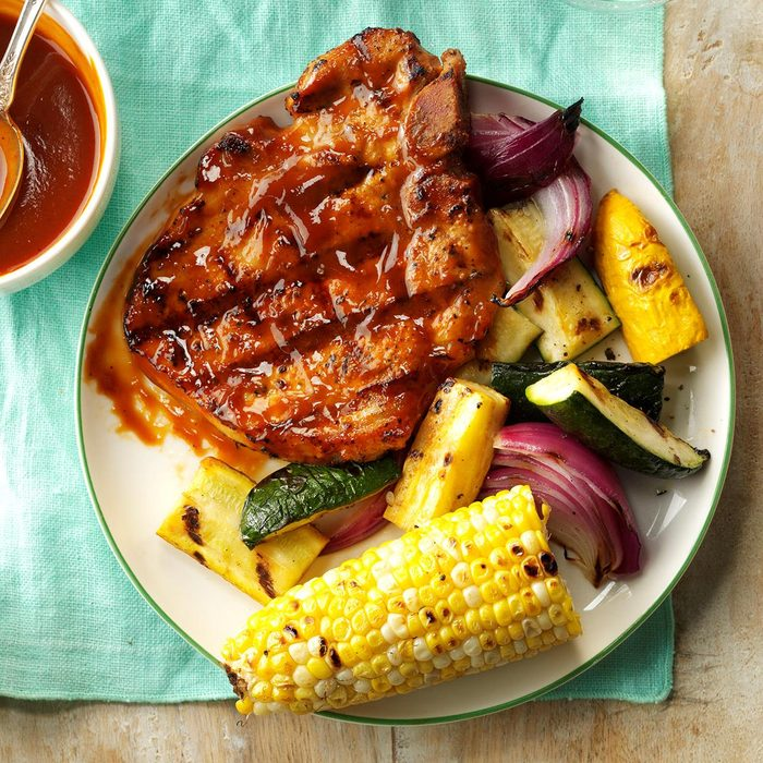 Grilled Pork Chops With Smokin Sauce Exps Hck17 168330 C08 24 6b 9