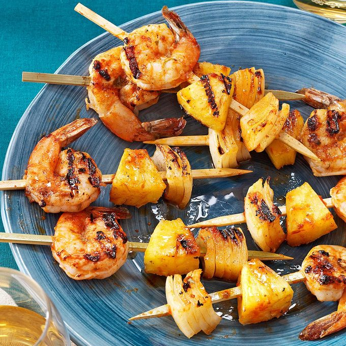 Grilled Shrimp Appetizer Kabobs Exps84936 Th2847295c02 28 5bc Rms 3