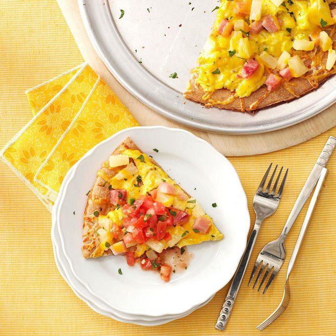 Hawaiian Breakfast Pizza Exps63774 Thhc2377560c03 06 2bc Rms