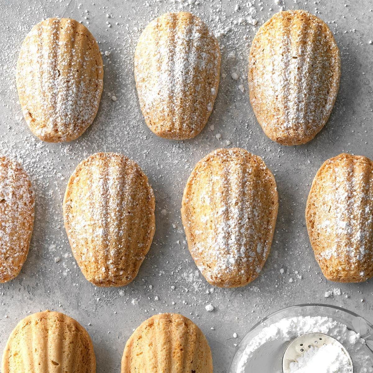 Expert Baker: Hazelnut Madeleine Cookies