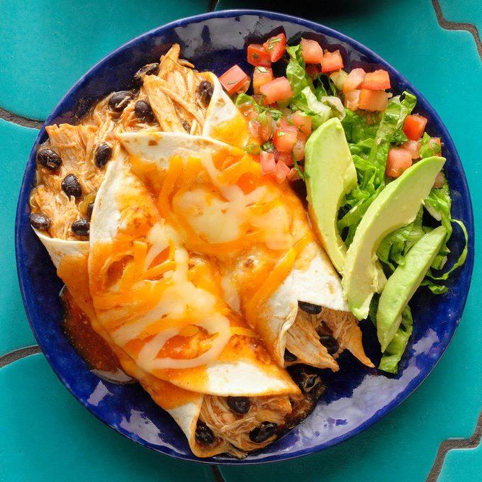 Hearty Chicken Enchiladas Exps Thjj21 23761 B02 10 2b 12