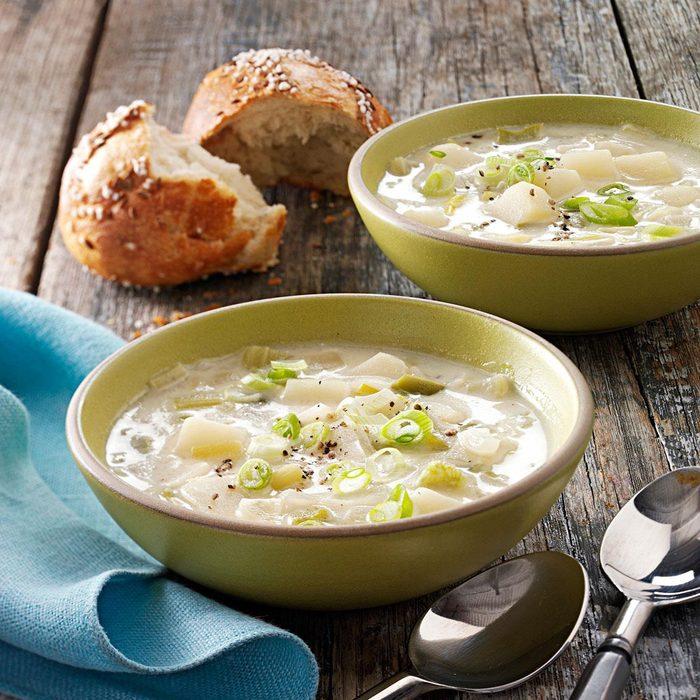 Hearty Leek and Potato Soup
