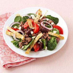 Hearty Pita Spinach Salad