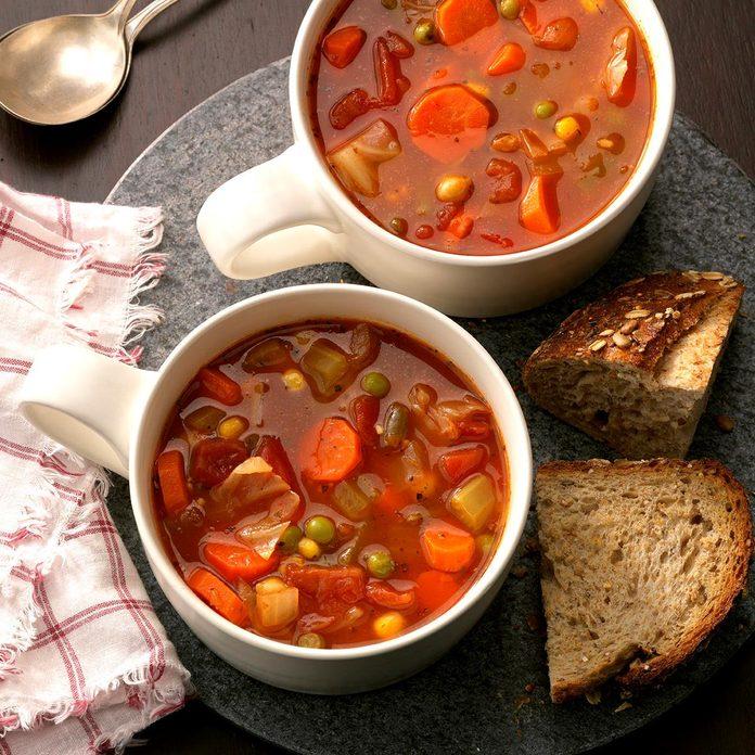 Hearty Vegetable Soup Exps Hc17 15651 D01 20 6b 14