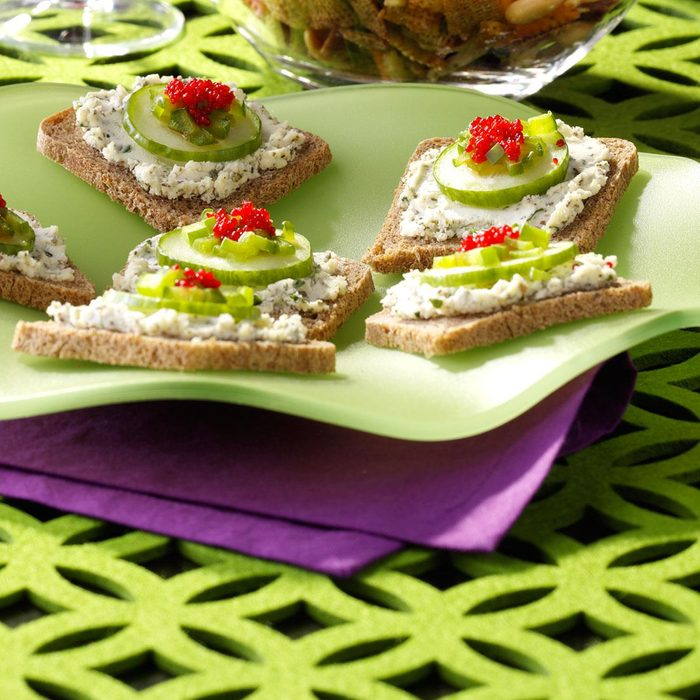 Herbed Cheese Canapes