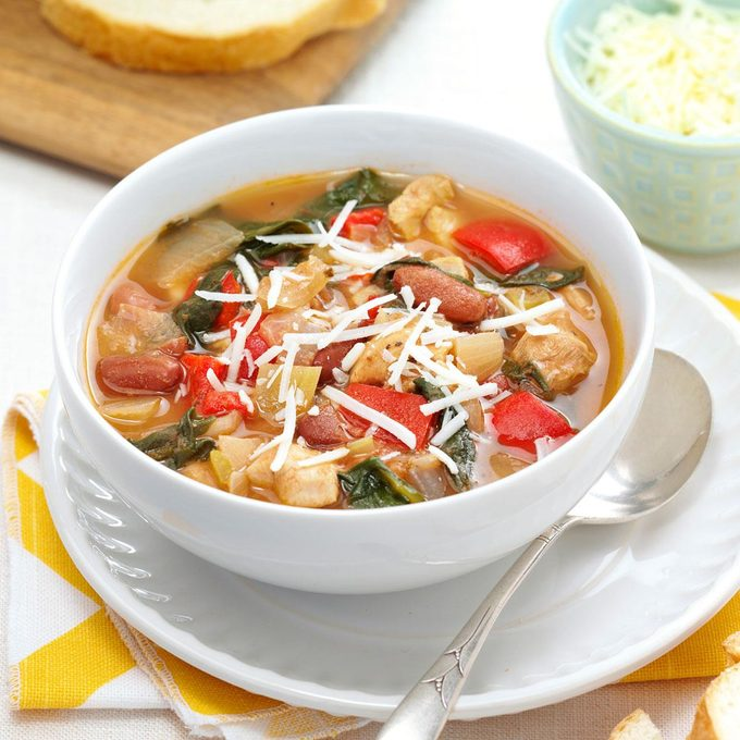 Herbed Chicken Spinach Soup Exps149627 Esc3139121b04 03 2bc Rms 1