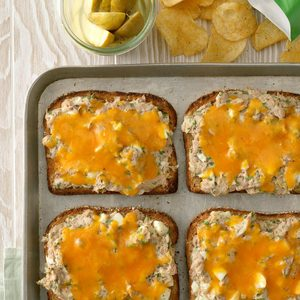Herbed Tuna Sandwiches