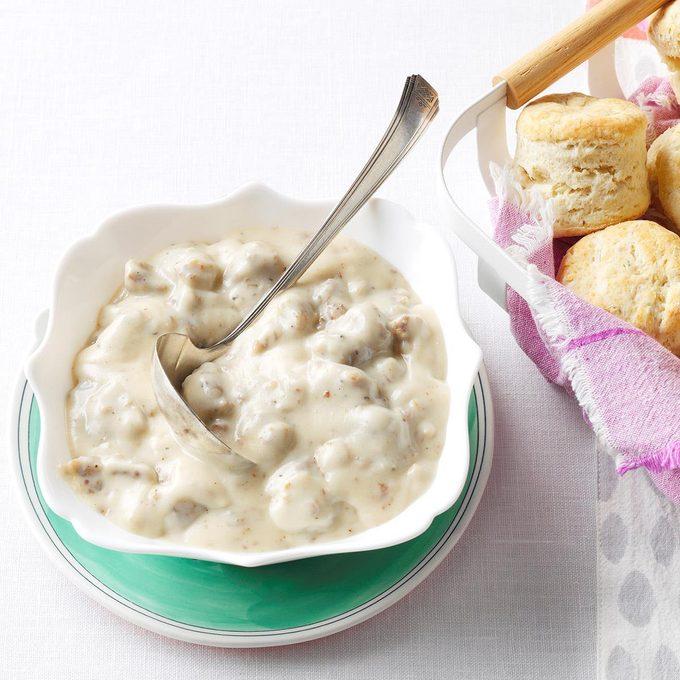 Homemade Biscuits Maple Sausage Gravy Exps Bmz19 77119 B11 29 2b 12