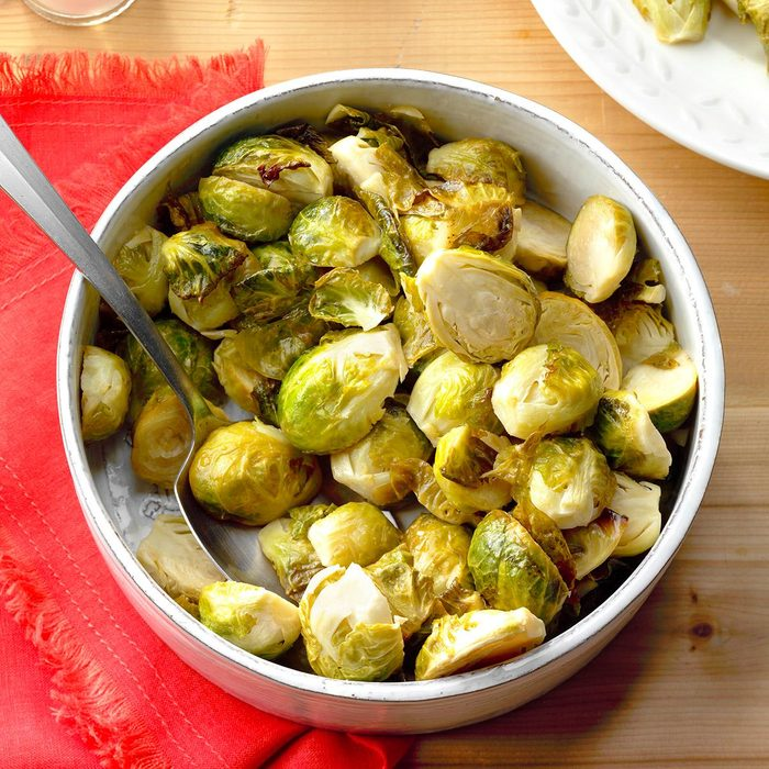 Honey Garlic Brussels Sprouts Exps Thfm18 197670 B09 14 2b 11