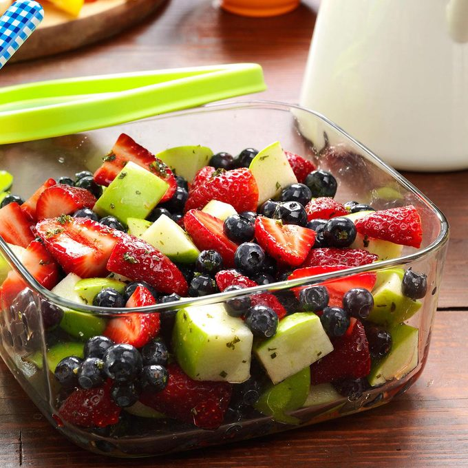 Honey Lime Berry Salad Exps36707 Sd143204d12 05 5bc Rms 1