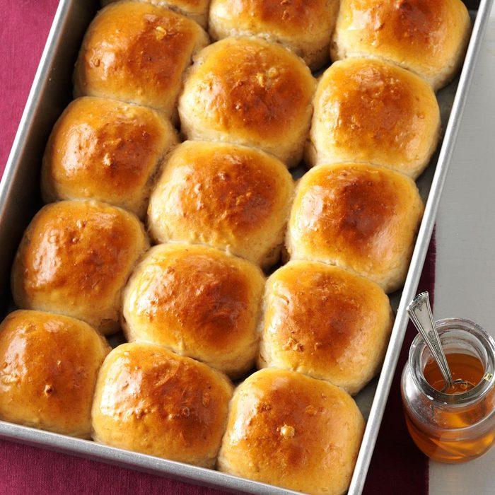 Honey Whole Wheat Rolls Exps Sddj17 7334 D08 05 4b 3